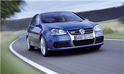 آزادسازی واردات خودروهای لوکس با حجم موتور بالای ۲۵۰۰ سیسی تکذیب شد