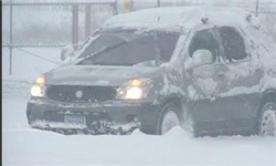 بارش برف در گردنههای محورهای اصلی خراسانرضوی
