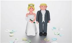 کاهش ازدواج و افزایش طلاق در بریتانیا در یک دهه گذشته