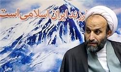 بسیج و سپاه در عرصه انتخابات با روشنگری عمل میکنند
