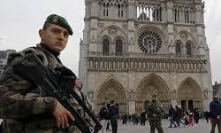 افزایش تدابیر امنیتی در کلیساهای فرانسه در آستانه جشنهای کریسمس