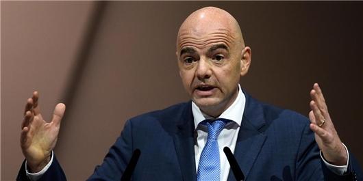اینفانتینو رئیس فیفا شد/ تکیه ادامهدار سوئیسیها بر میز ریاست فیفا