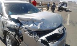 5 مصدوم در برخورد 3 خودرو در اتوبان نطنز به کاشان