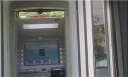 کاهش حجم کار بانکها و مردم با تجمیع عابر بانکها / بانک مرکزی کارت واحد صادر کند