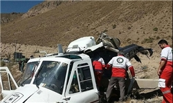 انتقال مصدوم سقوط بالگرد به بیمارستان آمل/ اقدامات درمانی برای 2 خلبان بالگرد در محل سقوط