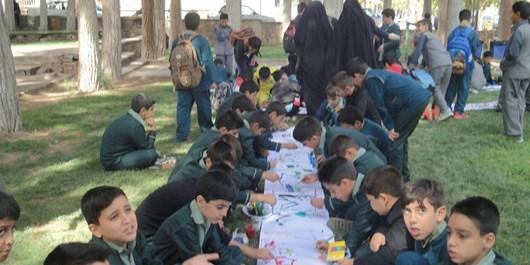 همایش بزرگ «کودکان تشنهاند» در نطنز+تصاویر