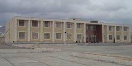 تمام مدارس متوسطه دوم زیر پوشش آهنیاری قرار گرفتند