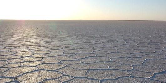 تکرار تجربه تلخ هامون و بختگان در مرکز کشور/اراده ای برای احیای دریاچه نمک نیست