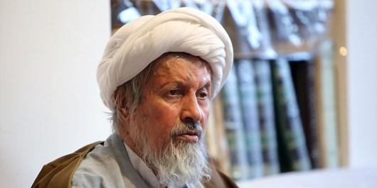 غیر خدا در آیت الله خامنهای وجود ندارد/ سرسوزنی در صحت انتخاب خبرگان تردید نکردهام