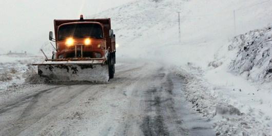 300 راه روستایی کردستان بازگشایی شد/محاصره 200 روستا در برف