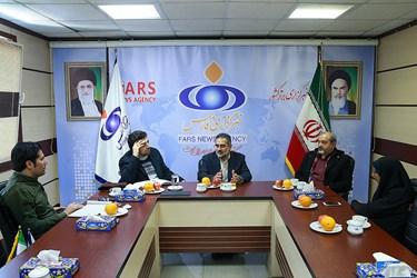 نشست دبیرکل کانون دانشگاهیان ایران اسلامی