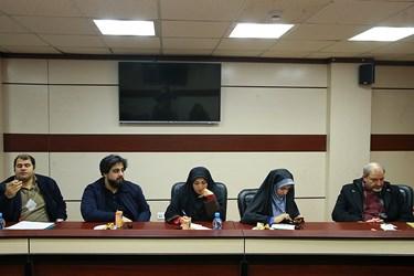 حضور خبرنگاران در نشست خبری دبیرکل کانون دانشگاهیان ایران