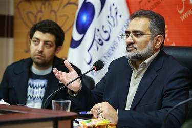 نشست دبیرکل کانون دانشگاهیان ایران اسلامی در خبرگزاری فارس