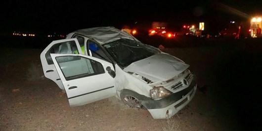 واژگونی خودروی ال 90 در جاده اردستان به بادرود با 5 مصدوم+تصاویر