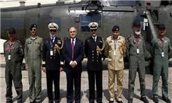انگلیس بالگردهای نظامی به پاکستان تحویل داد+تصاویر