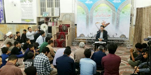 محفل انس با قرآن با حضور قاری بین المللی در ورامین برپا شد
