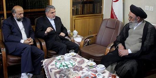 وزیر ارشاد با امام جمعه اصفهان دیدار کرد