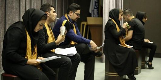 جشنواره پنجم وتار با استقبال گسترده هنرمندان در کردستان در حال اجرا است