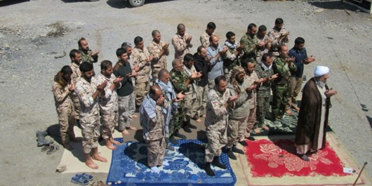 حضور آیتالله معلمی در مرزهای کشور و دیدار  با مرزداران/ قدردانی از نیروهای سپاه در حفاظت از مرزها + تصاویر