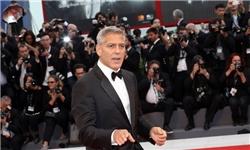 جورج کلونی: استیو بنن یک فیلمنامهنویس شکست خورده است