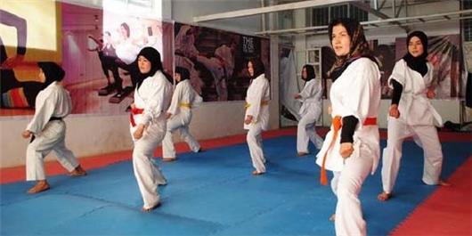 ورزش زنان و دلالت های معنایی آن