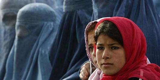 دستگیری ۱۴ نفر از اتباع افغانستانی غیرمجاز در سرخه