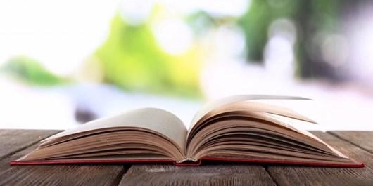 زنگ کتاب در مدارس همدان نواخته میشود