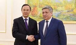 وزرای خارجه قرقیزستان و قزاقستان بر ضرورت حل مسائل دوجانبه تاکید کردند