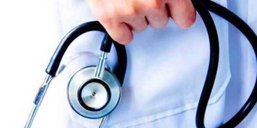 عدم پرداخت مطالبات توسط بیمههای تجاری موجب بروز مشکل در ارائه خدمات درمانی میشود