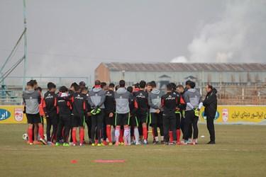 گزارش تصویری از تمرین تراکتورسازی زیر نظر مربی جدید