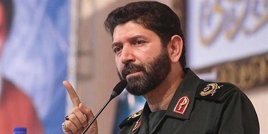 مسؤولان فرهنگی کشور رشادتهای سردار شاطری را در کتب درسی بگنجانند
