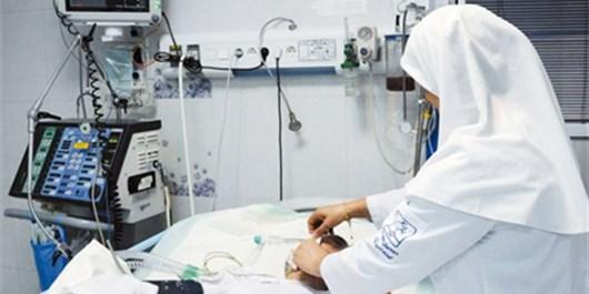 اقدام پرستاری که به جای 4 نفر کار میکند، جهادی است