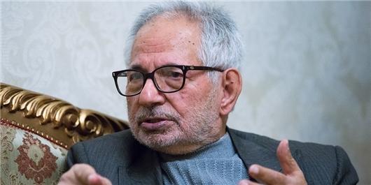 خاطره رهبر انقلاب از دکتر علی شریعتی/ نقش شریعتی در آشنا کردن دانشجویان با مبارزه