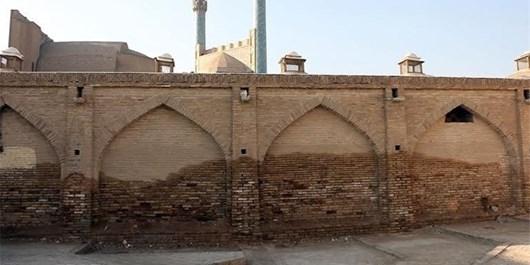 ماجرای رطوبت مسجد امام اصفهان