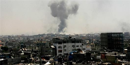 تانکها و جنگندههای اسرائیلی مواضعی را در نوار غزه هدف قرار دادند