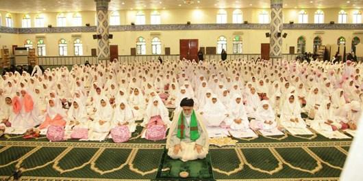 جشن عبادت ۴۵۰ دانشآموز دختر پایه سوم در بندرلنگه برگزارشد