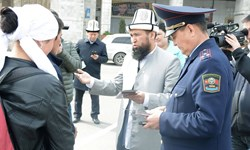 مفتی اعظم قرقیزستان مردم را به رعایت قوانین رانندگی دعوت کرد+تصاویر