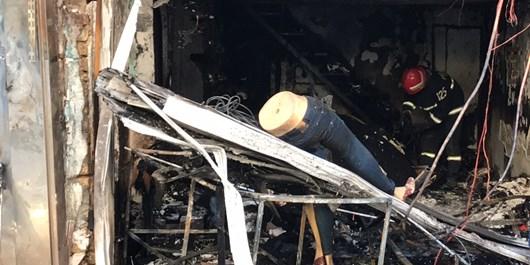 آتشسوزی لباسفروشی در گرگان و مجروح شدن 3 آتشنشان بر اثر انفجار