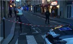10 کشته و زخمی در حمله فرد مسلح به چاقو در پاریس/ داعش مسئولیت را به عهده گرفت