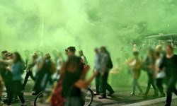 اعتراض به سیاستهای ماکرون، خیابانهای پاریس را به خشونت کشید + فیلم