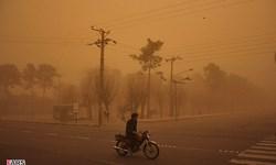 طوفان شن راه ارتباطی 30 روستای ریگان را مسدود کرد