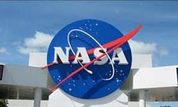 یک فضانورد تازه  روی «ماه» قدم میگذارد