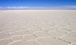 اجازه برداشت شورابه صنعتی از دریاچه نمک به روش تبخیری را نمیدهیم