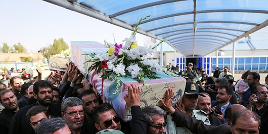شهدای دفاع مقدس در قاب نهضت عاشورا/فضای  پایتخت تشیع عطرآگین به عطر 9 شهید گمنام
