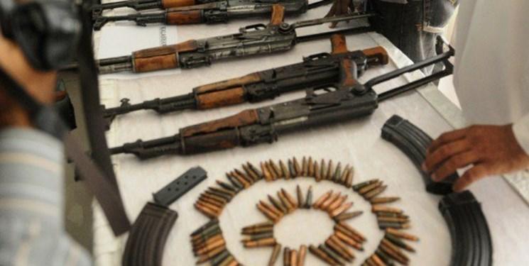 انهدام تیم تروریستی توسط مرزبانان ناجا/ کشف مقادیر قابل توجهی سلاح،نارنجک و مواد منفجره