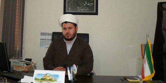 زائر امام حسین(ع) در صحرای محشر بین مردم می درخشد