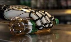 ساخت دستکشی برای لمس اشیاء مجازی