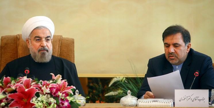 روحانی توان همراه کردن جامعه با خود را ندارد/ رئیس جمهور باید رویکرد اجتماعی انتخاب میکرد نه امنیتی