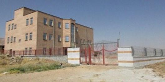 رئیس ارشاد: شهرداری مانع افتتاح فرهنگسرای کیار است/ شهردار: مخالفتی نداریم