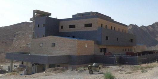 فارس من| محوطهسازی بیمارستان مهدیشهر آغاز شد/ مسؤولان یک روز در میان به بازدید میروند